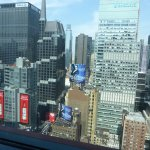 Foto de DoubleTree Suites by Hilton Hotel New York City - Times Square