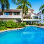 Swimming Pool - Best Western Coral Beach Hotel