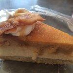 Everything Cheesecake resmi