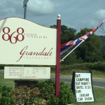The entrance to 868 Vineyards