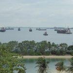Photo de Siloso Beach Resort Sentosa