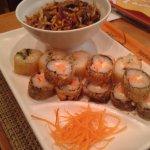 Yakisoba + sushis