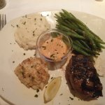 6 oz sirloin and crab cake