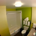 Photo de Holiday Inn Express & Suites Rogers
