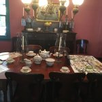 The dining set for tea.
