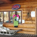 Photo de Cabins Outback and Burnt Paw Gift Shop