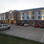 Foto de Days Inn & Suites Belmont