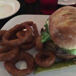 Hamburger with onion rings