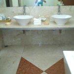 FB_IMG_1474398107417_large.jpg