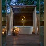 Spa Suite Outdoor Bath