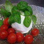 von handgezopfter Mozzarella direkt aus Casertano - ein Gedicht von einer Vorspeise