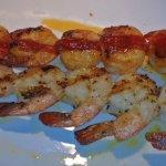 Grilled and Garlic Sriracha shrimps