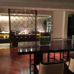 Photo de New World Beijing Hotel