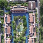 resort from above