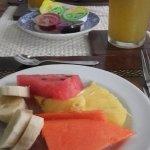El desayuni de hoy jugo de lulo fruto del lugar