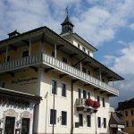 Photo of Vier Jahreszeiten Hotel