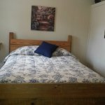 1 Bedroom cabin queen bed