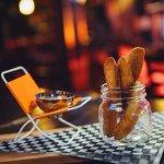 Cornichons frits panés