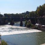vue du pont Cestio avec au fond le pont palatino