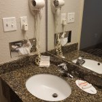 Photo de Microtel Inn & Suites by Wyndham Brooksville