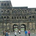 Photo de Black Gate (Porta Nigra)