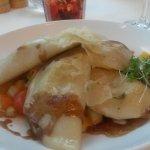 Eierschwammerltascherl mit Gemüse