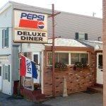 Deluxe Diner