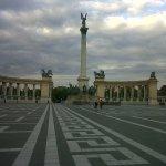 Hosok Tere - Plaza de los Heroes
