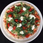 Pizza con stracchino e rucola, un classico intramontabile!