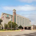 Photo de Embassy Suites by Hilton Hotel & Montgomery Conference Center