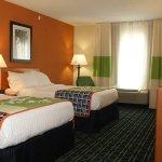 Photo of Fairfield Inn & Suites Marion