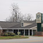 RJ's Grill - A Statesboro Tradition for Over 30 Years