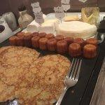 Very nice breakfast buffet.