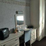 Bay Strathmore Hotel Photo