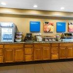 Photo of Comfort Inn & Suites North