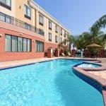 Foto de Holiday Inn Express Hotel & Suites Wharton