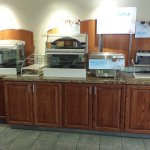 Photo de Holiday Inn Express Hotel & Suites Concordia US 81