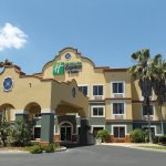 Photo of Holiday Inn Express & Suites - The Villages