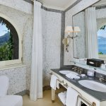 J.K. Place Capri Deluxe Room Bathroom with Sea View