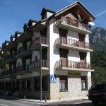 Hotel Restaurant Garona Foto