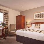 Photo de Malone Lodge Hotel & Apartments