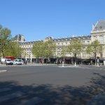 皇冠廣場巴黎共和酒店