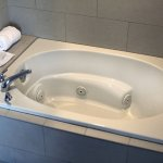 Whirlpool Suite Tub