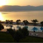 Photo de Europa Beach Hotel