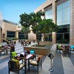 Courtyard Gurgaon Foto