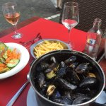 Mussels, fries, salad and rose