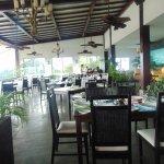 Foto di La Luna Restaurant at Gaia Hotel & Reserve