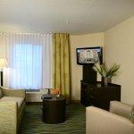 Denver - Brighton Single Queen Guest Room Suite