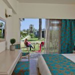 Photo de Creta Beach Hotel & Bungalows
