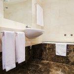 bathroom, standard room